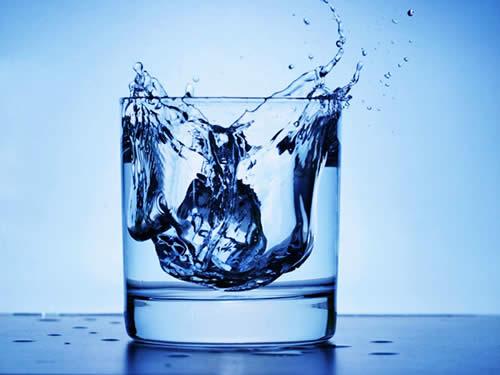 Здоровье зубов и вода
