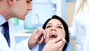 Нежное отбеливание зубов