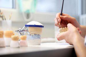 Методы и технологии протезирования зубов