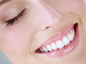 Индивидуальная коррекция прикусного валика в полости рта