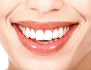 Восстанавливаем форму и цвет улыбки