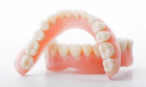 Съемное протезирование зубов (статья)